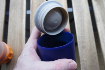 """I wish the outer """"Fill"""" component had threads to mate with the lid so we can use it as a standalone water bottle."""
